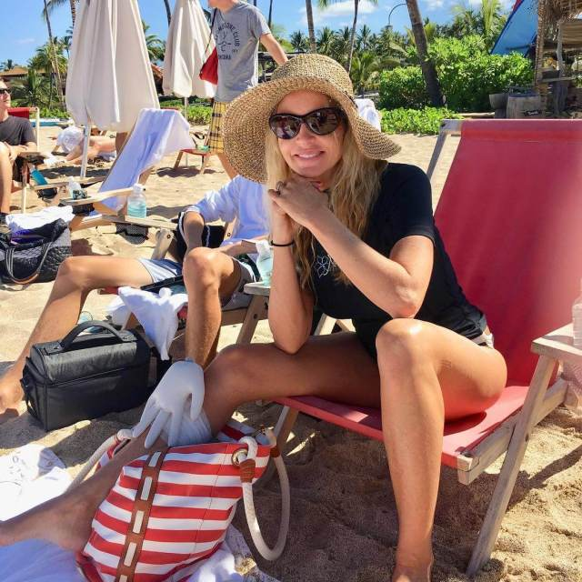 Camille Grammer awesome thighs