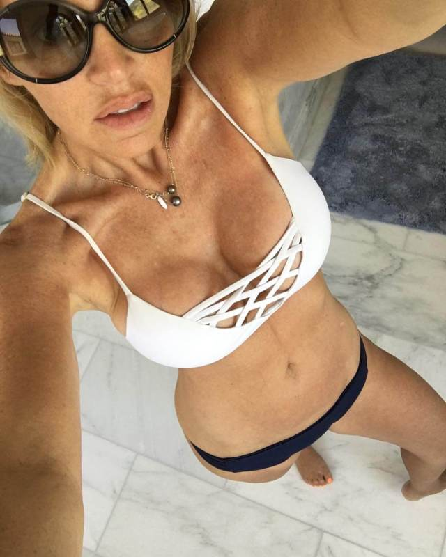 Camille Grammer sexy cleavages pic