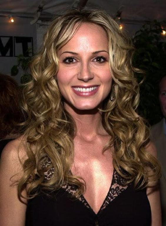 Chely Wright awesome cleavages