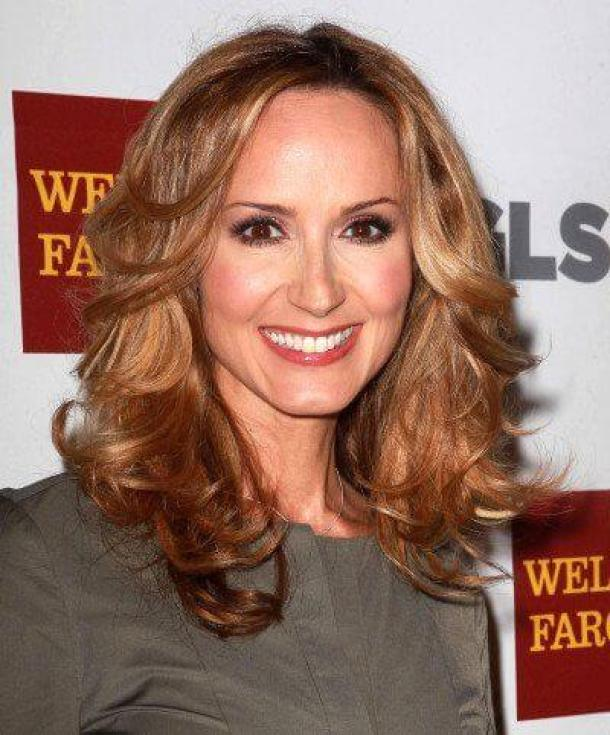 Chely Wright hair awesome