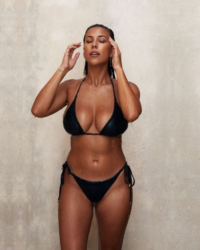 Devin-Brugman awesome black bikini