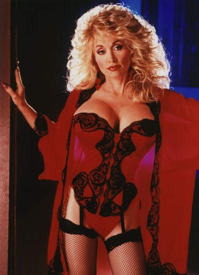 Dolly Parton Sexy Boobs Pictures on Lingerie