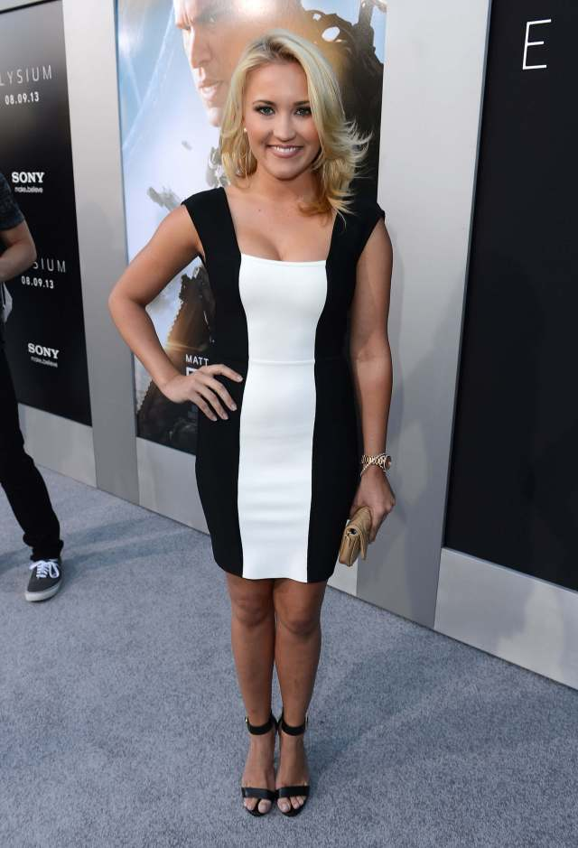 Emily Osment hot picture
