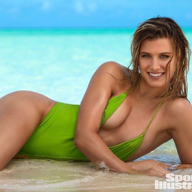 Eugenie Bouchard too hot picture