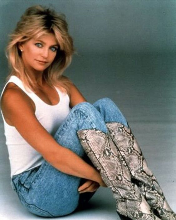 Goldie Hawn hot lady photo
