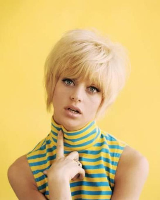 Goldie Hawn hot lady pic