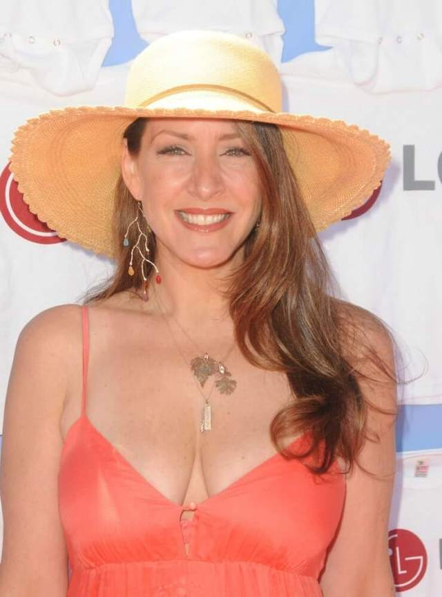 Joely Fisher beautiful photos