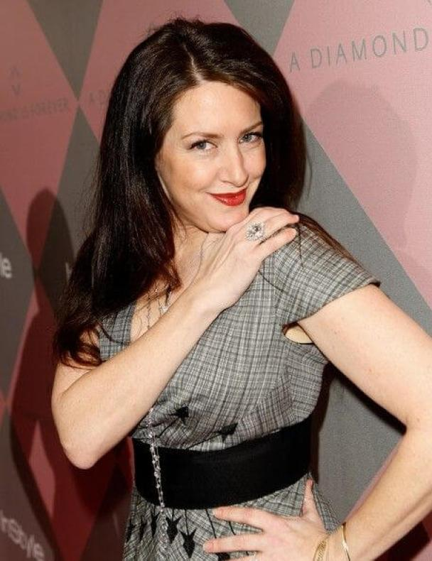 Joely Fisher sexy pictures (2)
