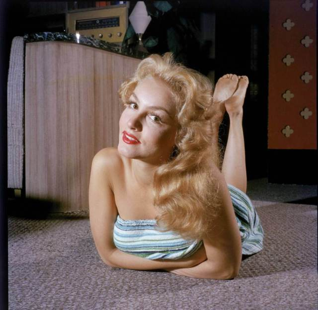 Julie Newmar awesome picture