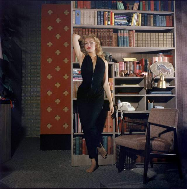 Julie Newmar awesome picturs