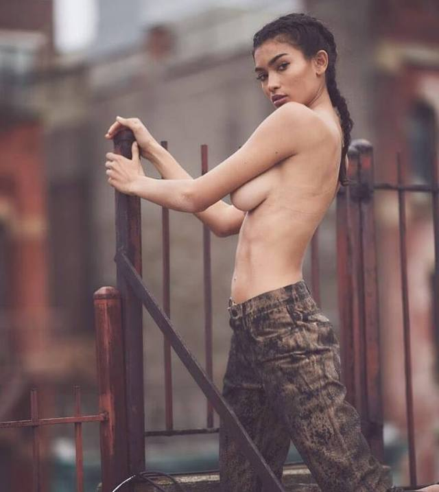 Kelly Gale sexy pics (2)