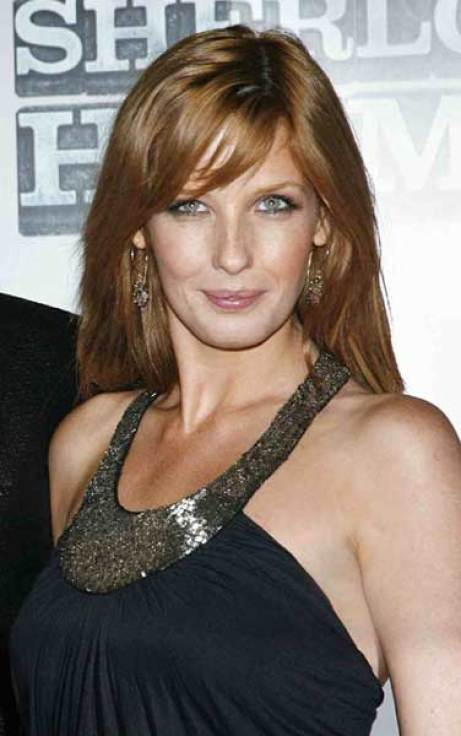 Kelly Reilly sexy look (2)