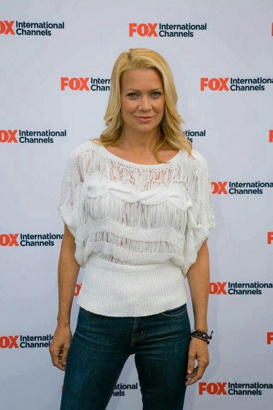 Laurie Holden sexy lady picture