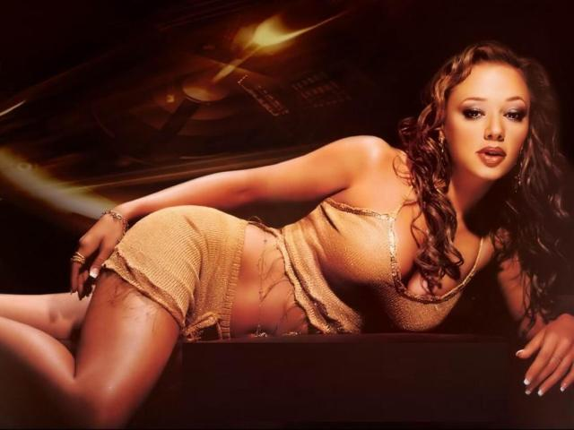 Leah Remini beautiful photos