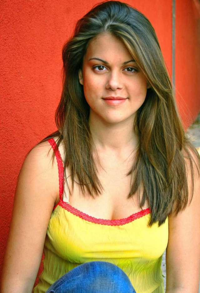 Lindsey Shaw sexy women picture