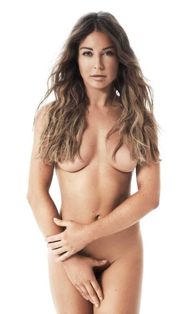 Louise Thompson awesome pic