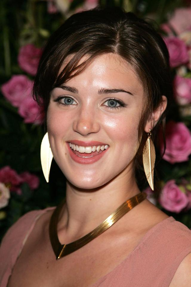 Lucy Griffiths awesome smile (2)
