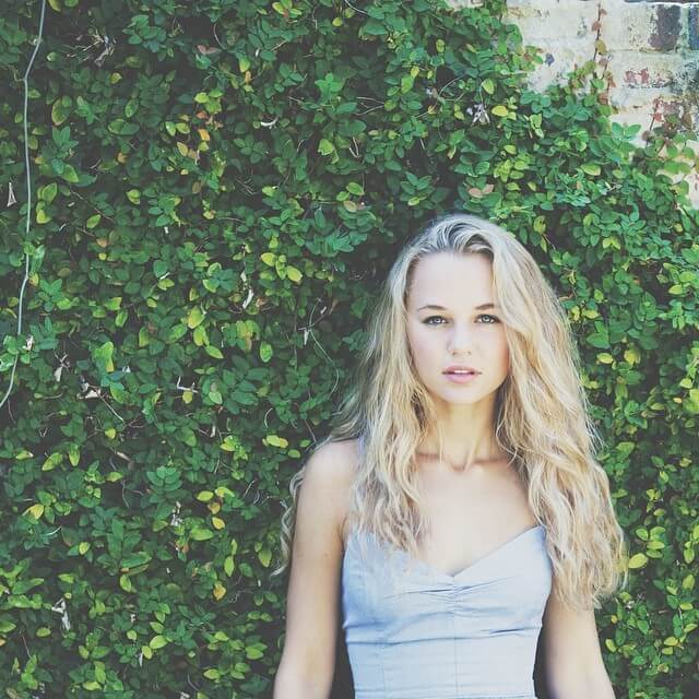 Madison Iseman hot busty pictures