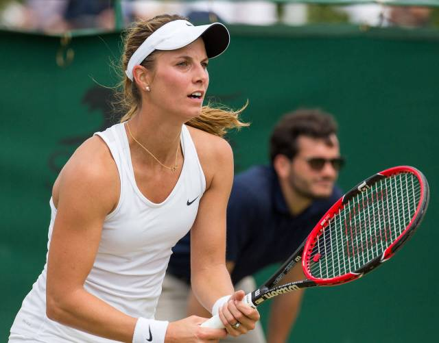Mandy Minella awesome picture
