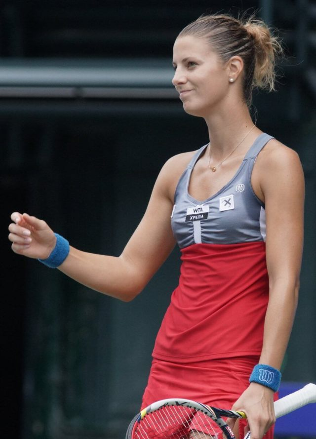 Mandy Minella hot cleavages photo