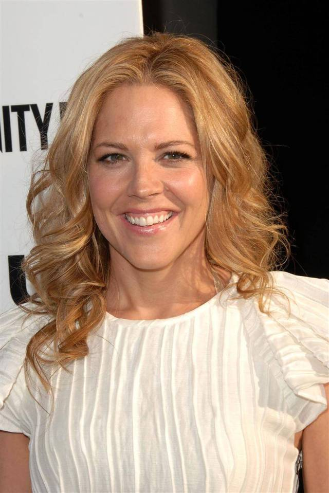 Mary McCormack hot pictures (3)