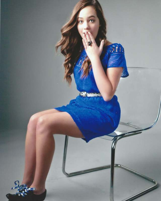 Mary Mouser hot legs (2)