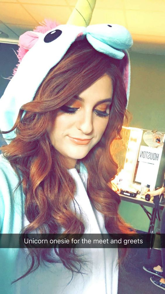 Meghan Trainor damm hot photo