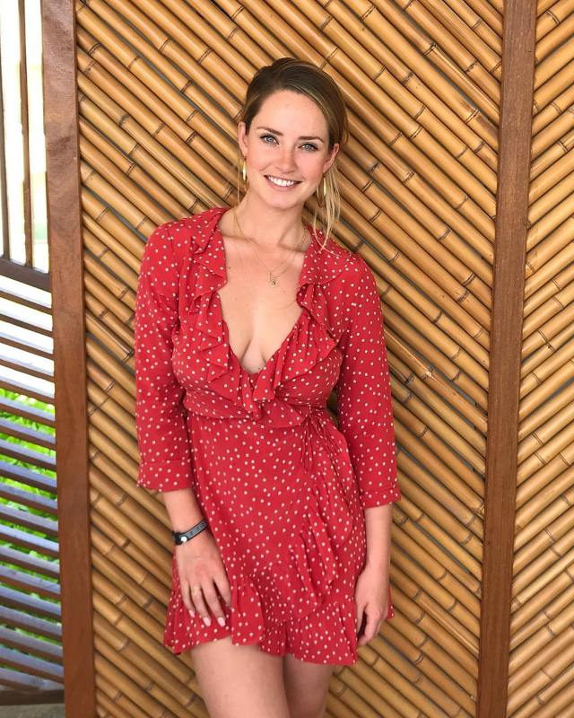 Merritt Patterson sexy lady picture