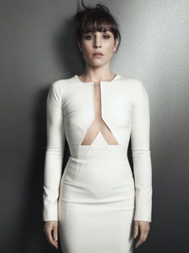 Noomi Rapace Hot in White Dress