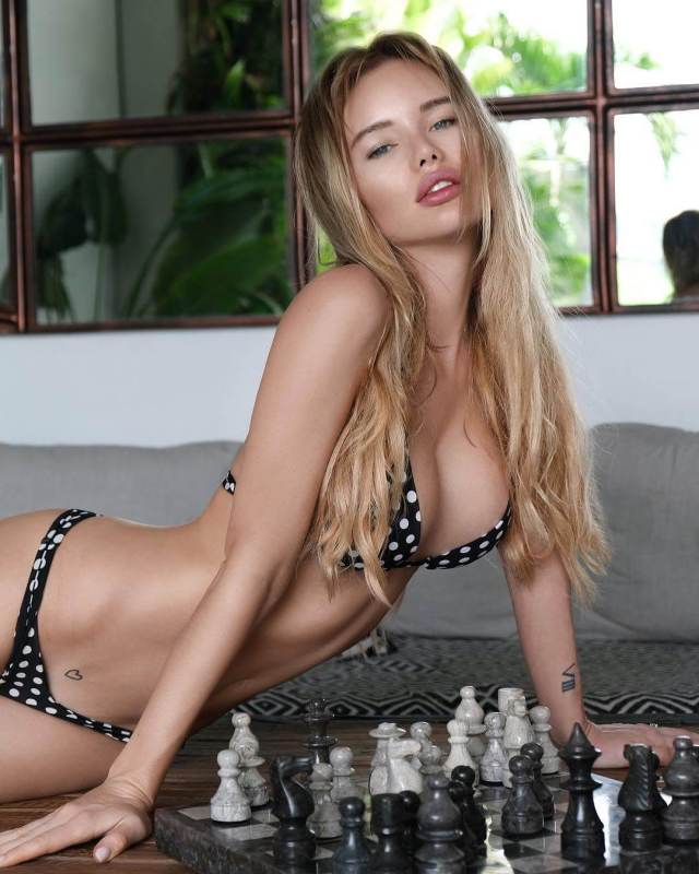 Olya Abromovich sexy pictures (2)