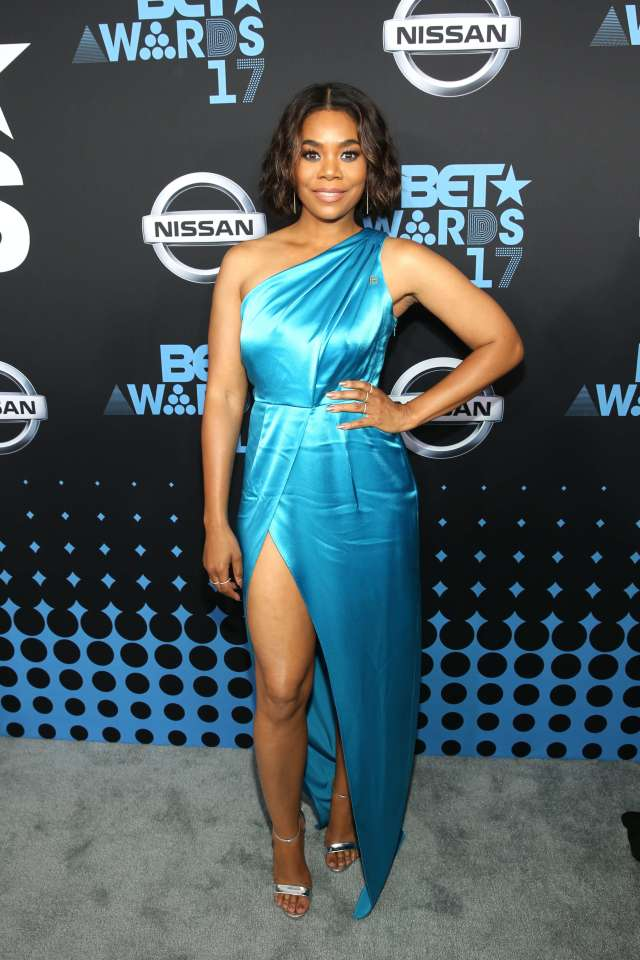 Regina Hall blue dress