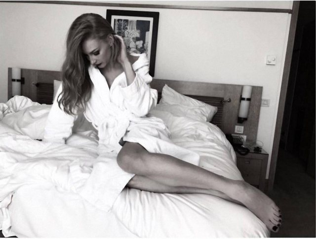 Svetlana Khodchenkova on Bed