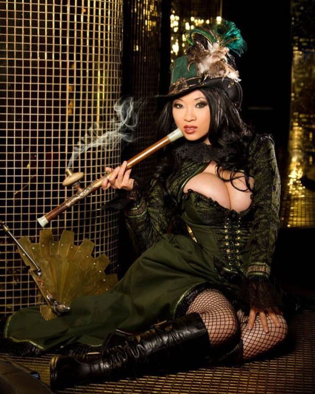 Yaya Han awesome pictures