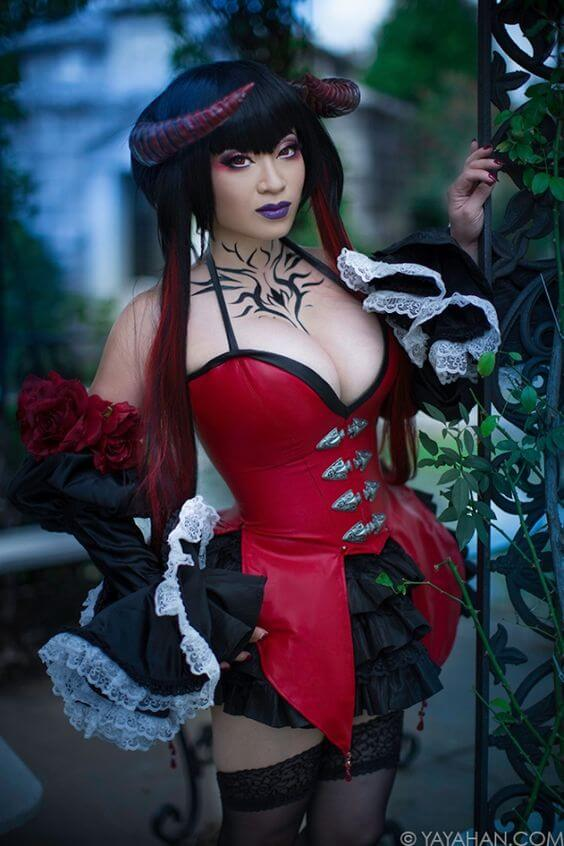 Yaya Han sexy cleavages