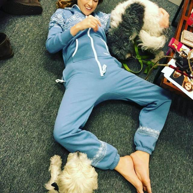 erin richards fun with dog