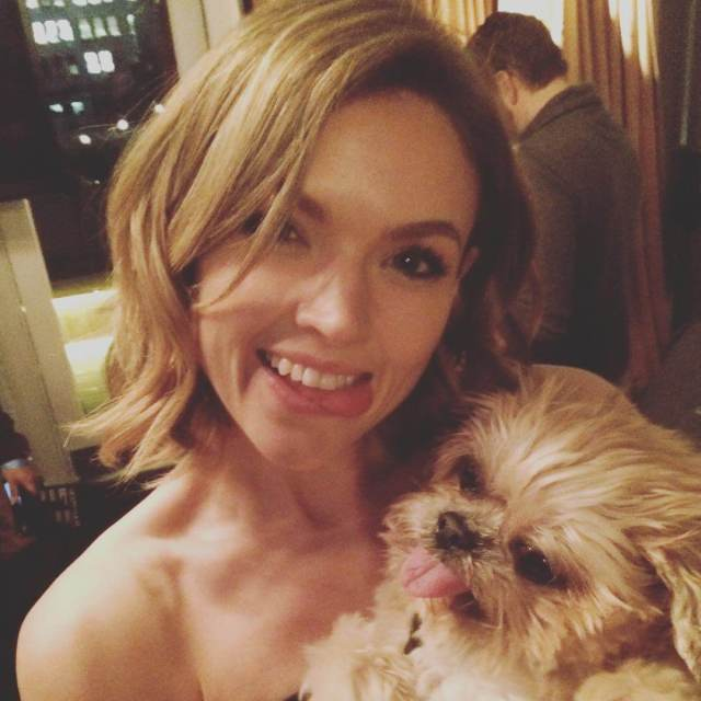 erin richards with dog