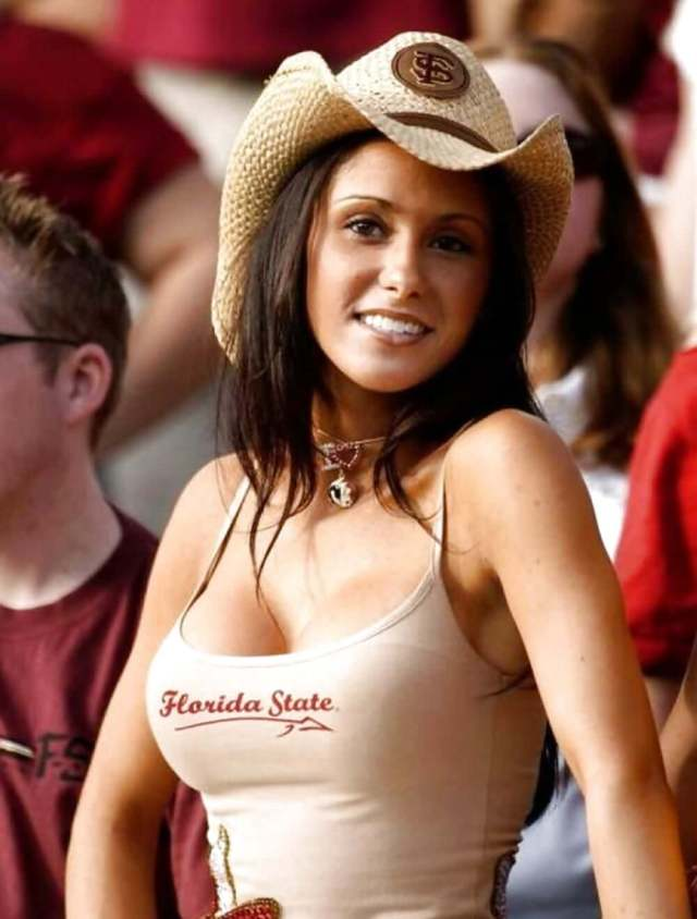 jenn sterger looking sexy