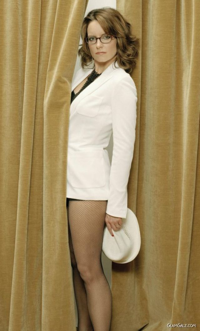 tina fey thighs pictures
