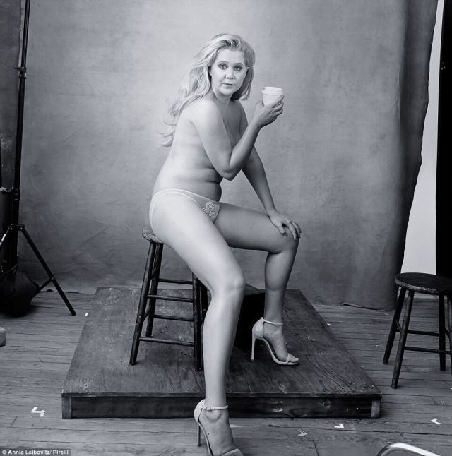 Amy-Schumer hot naked pic