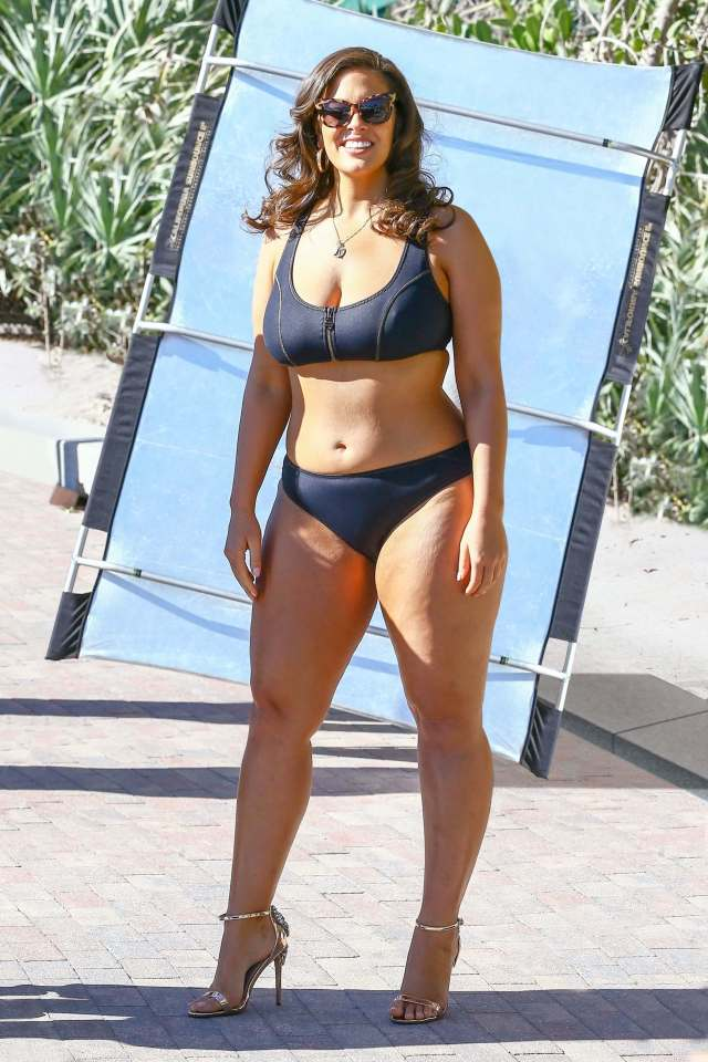 Ashley Graham legs sexy