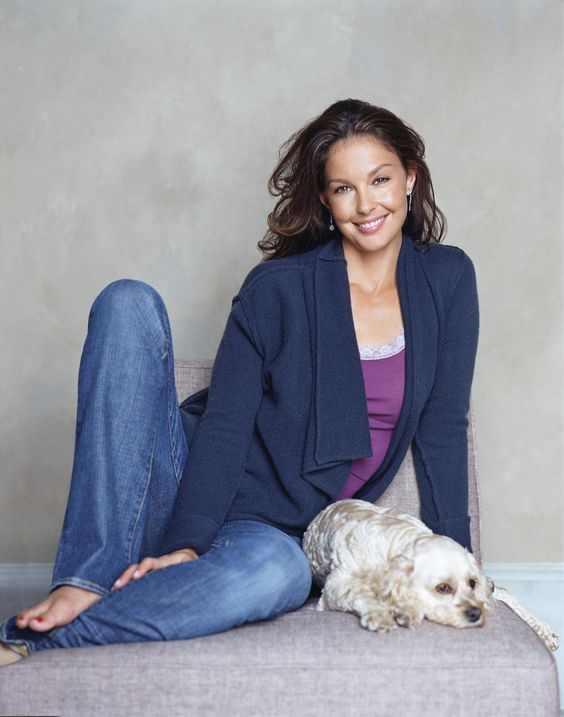 Ashley Judd Hot in Jeans