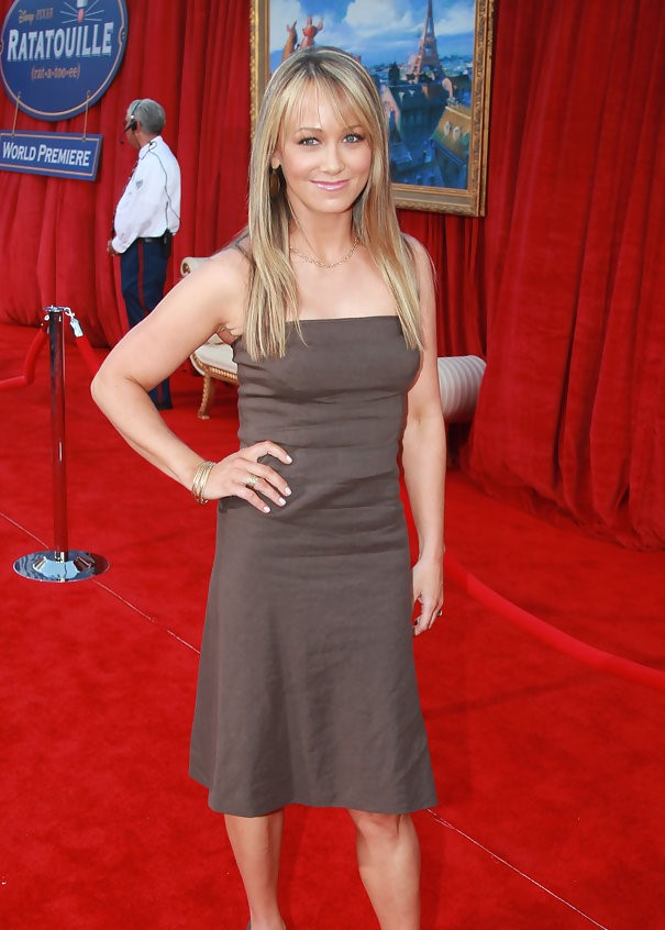 Christine Taylor Hot in Red Carpet Pics