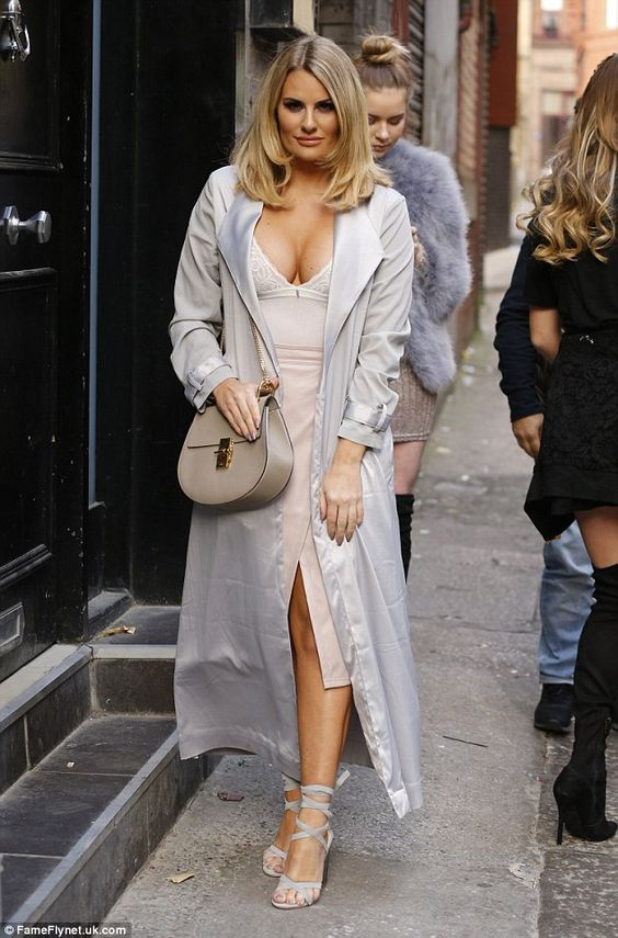 Danielle Armstrong Hot Pics