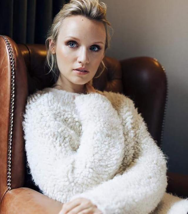 Emily Berrington sexy picture