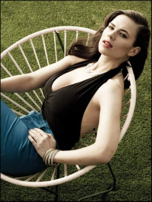 Hayley Atwell sexy phtoo
