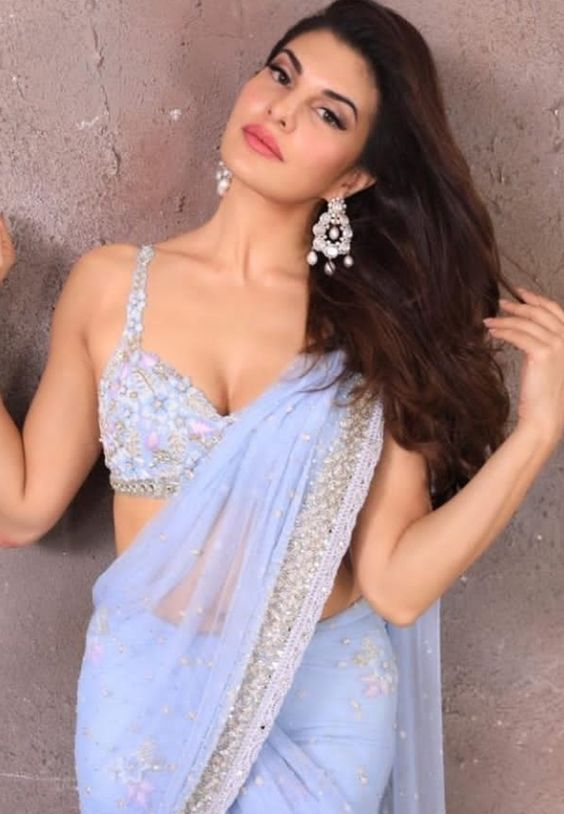 Jacqueline Fernandez Sexy Boobs Pics on Blue Saree