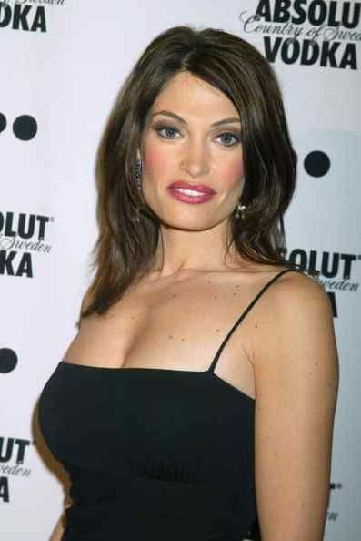 Kimberly Guilfoyle sexy Boobs
