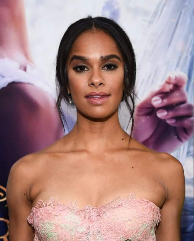 Misty Copeland cleavage pic