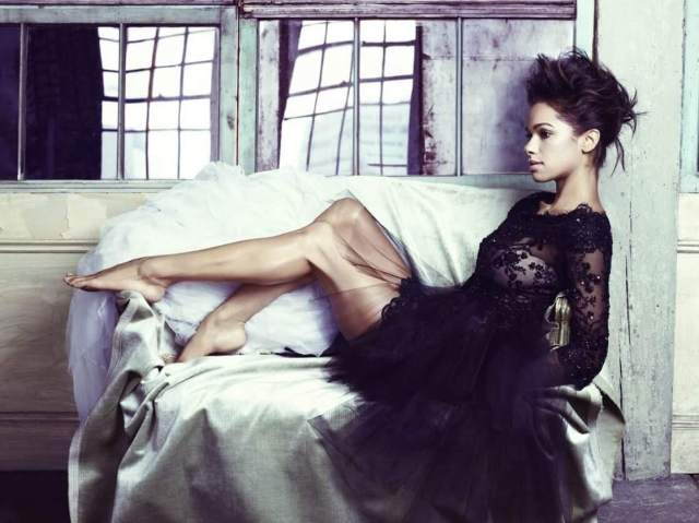 Misty Copeland hot thigh pic