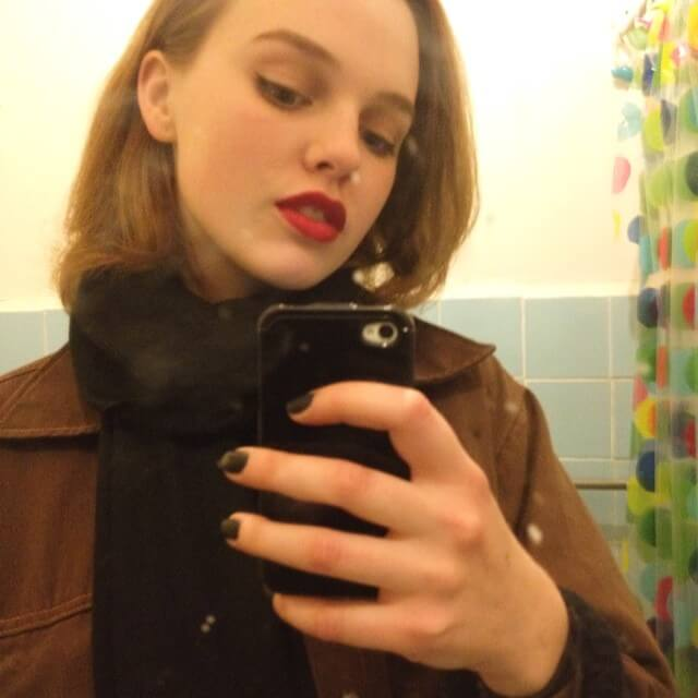 Odessa Young hot pictures